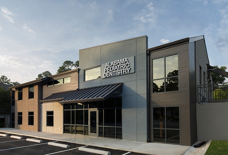 Outside view of Alabama Pediatric Dentistry